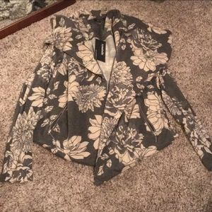 NWT Floral Grey & Cream Blazer Sweater